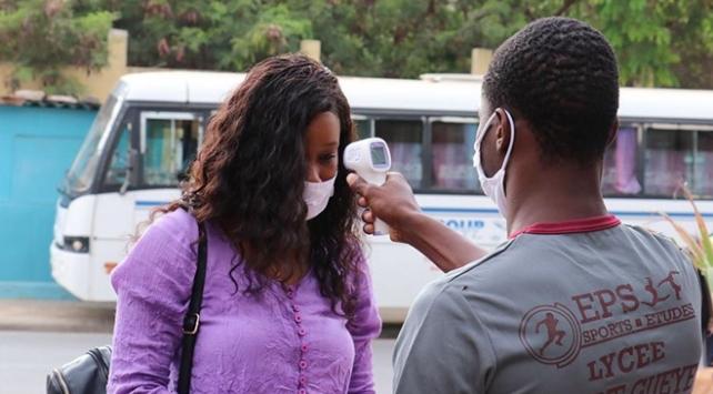 Nijeryada koronavirüs vaka sayısı 39 bine yaklaştı