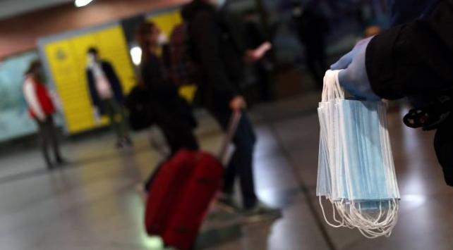 Avusturya ve Çekyada yeniden maske kullanma zorunluluğu