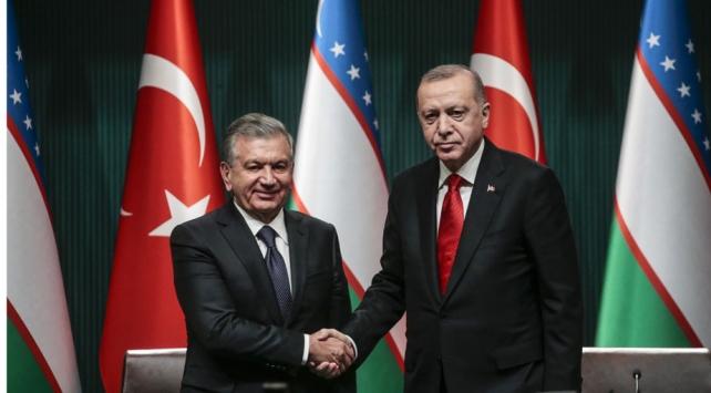 Cumhurbaşkanı Erdoğan ile Özbek mevkidaşı arasında Ayasofya görüşmesi