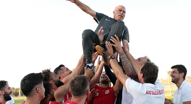 Antalyaspordan 38 yıllık emektarına veda