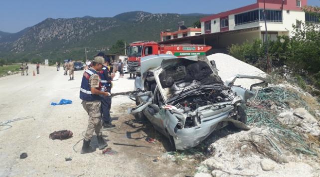 Kahramanmaraşta trafik kazası: 2 ölü, 3 yaralı