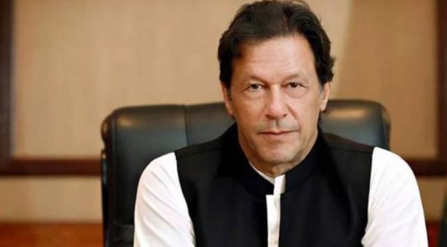 Pakistan Başbakanı Han, Ayasofya-i Kebir Camii kararı dolayısıyla Türkiyeyi kutladı