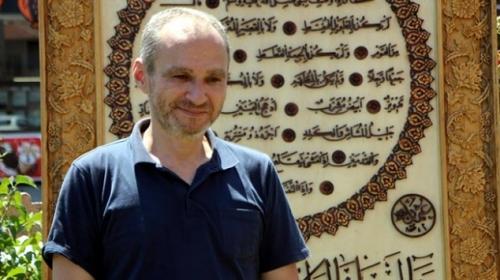 İki yılda yaptığı hilye şerifi Ayasofya Camii'ne hediye etti