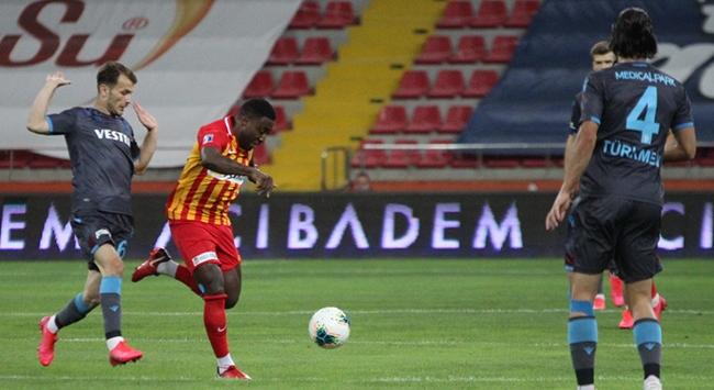 Kayserispor ve Trabzonsporda 3 değişiklik