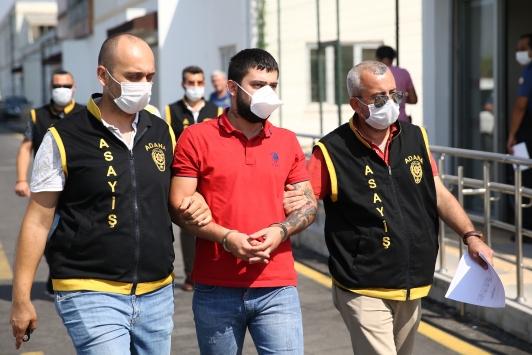 """Adanada bir kişinin öldüğü """"nişan bozma"""" kavgasıyla ilgili 3 şüpheli tutuklandı"""