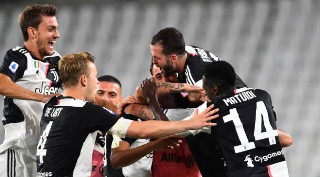 İtalya Serie Ada şampiyon Juventus