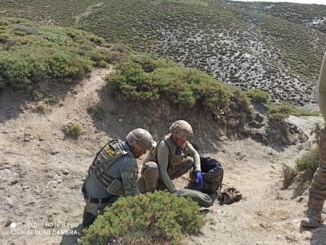 Siirtte PKKlı teröristlere ait silah ve mühimmat bulundu