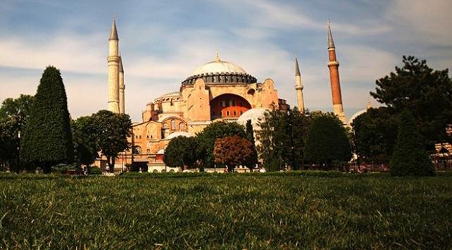Iraklı siyasetçi Hekim: Ayasofyada ibadet etmek için İstanbula gelmeyi arzuluyorum