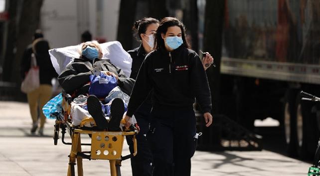 ABDde son 24 saatte 449 kişi koronavirüsten öldü