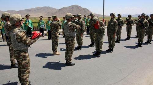 Azerbaycan ile ortak tatbikata katılacak Türk askeri törenle karşılandı