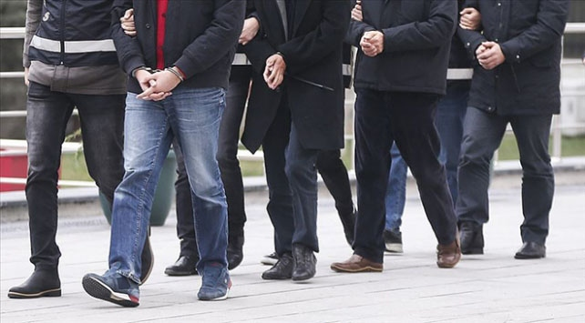 Adanada silahlı suç örgütü operasyonu: 13 gözaltı