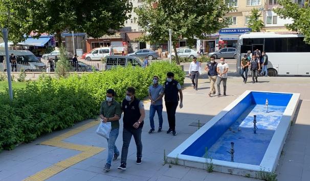 Kırşehirde 11 FETÖ şüphelisi adliyeye sevk edildi