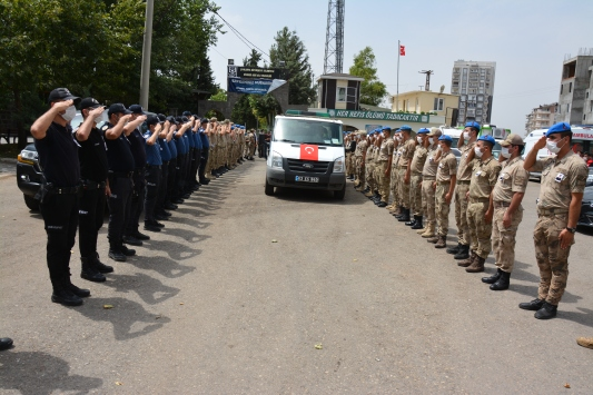 Kazada hayatını kaybeden teğmen memleketine uğurlandı