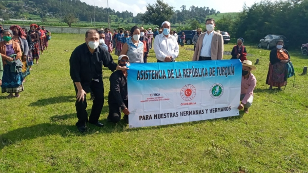 TİKA, Guatemalada ihtiyaç sahibi ailelere gıda ve hijyen paketi dağıttı