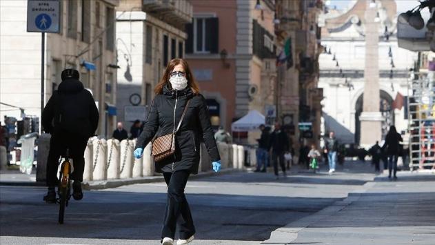 İtalyada yükseliş trendindeki günlük vaka artışı hız kesti