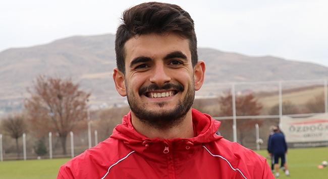 Fatih Aksoy Sivasspora veda etti