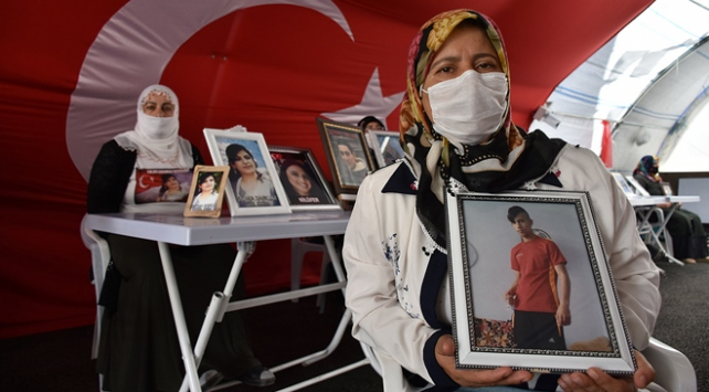 Diyarbakır anneleri bayrama buruk giriyor