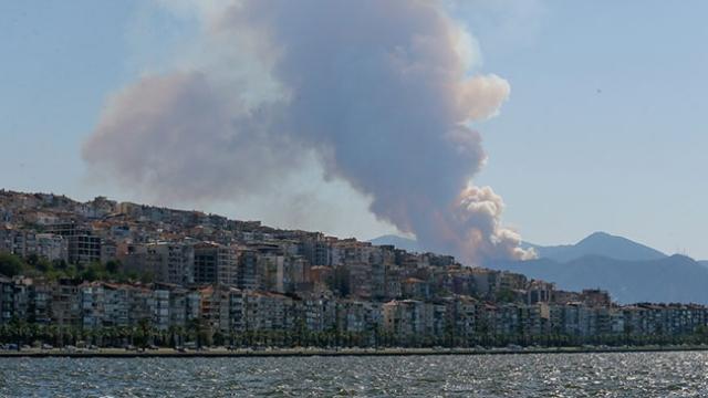 Balçova'da orman yangını çıktı