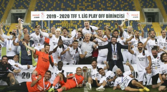 Fatih Karagümrük Süper Lige yükseldi