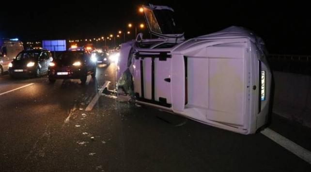 Pikapla yolcu otobüsü çarpıştı: 5 yaralı