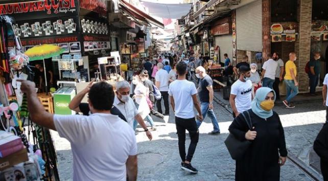 Türkiyede COVID-19 salgınında son 24 saatte yaşananlar