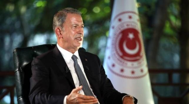 Bakan Akar: Her zaman Libyanın toprak bütünlüğünden yanayız