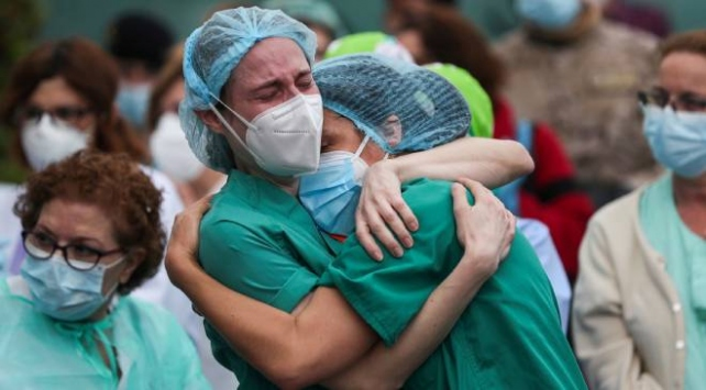 Brezilyada son 24 saatte 1212 kişi hayatını kaybetti