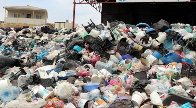 Vanda 360 bin ton atık ekonomiye kazandırıldı