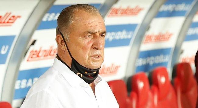 Galatasaray gençleşmeye çalışıyor