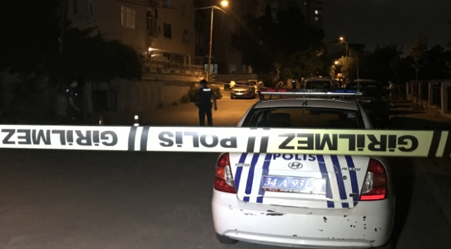 İstanbulda kavgaya müdahale eden polis yaralandı