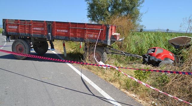 Traktörle motosiklet çarpıştı: 1 ölü, 1 yaralı
