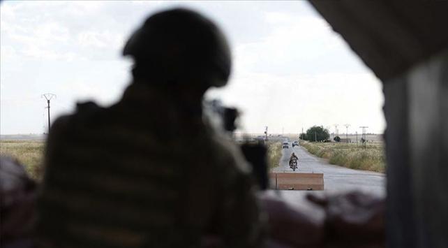 Tel Abyadda teröristlerin tuzakladığı mayın patladı: 2 çocuk yaşamını yitirdi