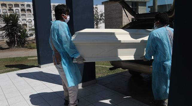 Koronavirüs kaynaklı vakalar ve ölümler artıyor