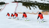 Uluslararası Kayak Federasyonu Kongresi 2021 yılına ertelendi