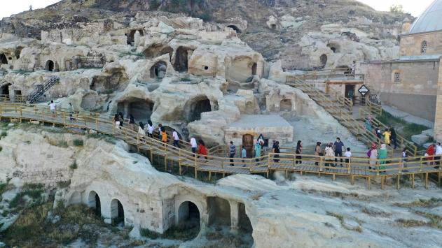Tarihi Kayaşehiri bayram tatilinde yaklaşık 15 bin kişi gezdi