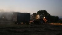 Ağrılı çiftçilerden gece hasadı