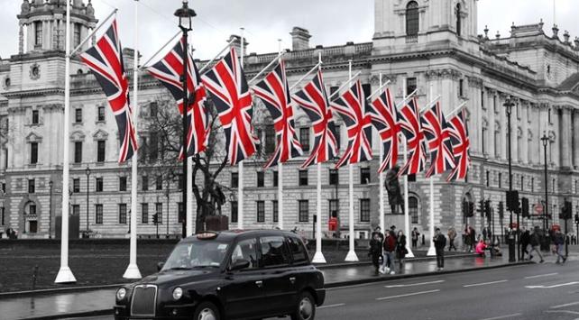 AB ülkelerine göç eden İngilizlerin sayısı arttı