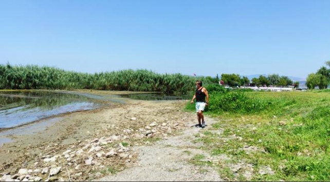 İznik Gölündeki çekilme bölge halkını tedirgin etti