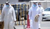 Suudi Arabistan'da 35 kişi COVID-19 nedeniyle öldü