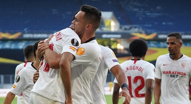 Sevilla ve Bayer Leverkusen turladı