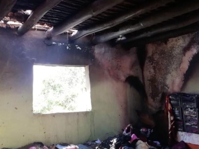 Hakkarili ailenin hayalleri yangında kül oldu