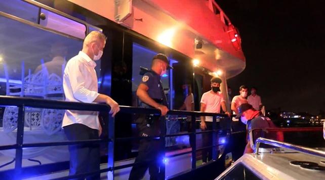 İstanbulda teknelere koronavirüs denetimi