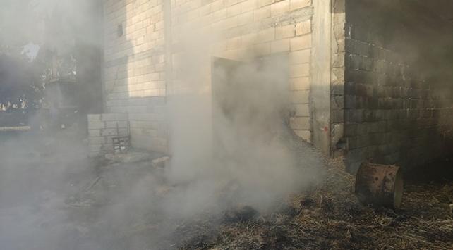 Gaziantepte 30 ton saman yandı