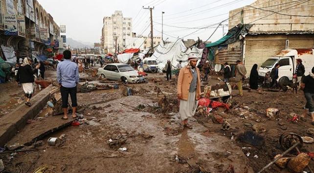 Yemende sel felaketi yıktı geçti