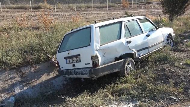 Kırıkkalede iki otomobil çarpıştı: 5 yaralı