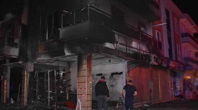 Afyonkarahisarda iş yeri yangını: Büyük çapta hasar oluştu