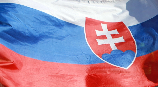 Slovakya iki Rus diplomatı sınır dışı etti