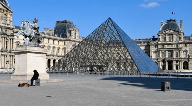 Fransada koronavirüs kaynaklı can kaybı 30 bin 340a yükseldi