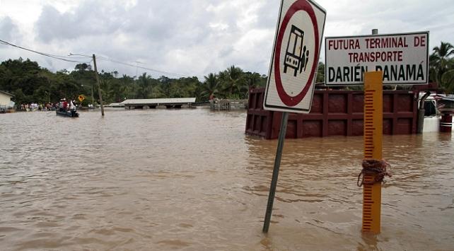 Panamada selde aynı aileden 11 kişi hayatını kaybetti