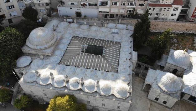 472 yıllık tarihi camide tepki çeken klimalar kaldırıldı
